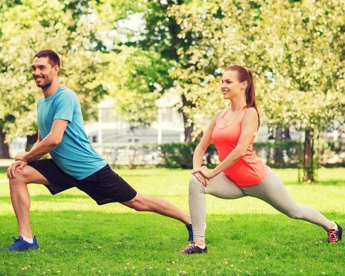 paso hacia adelante o splits - ejercicios para pantorrillas